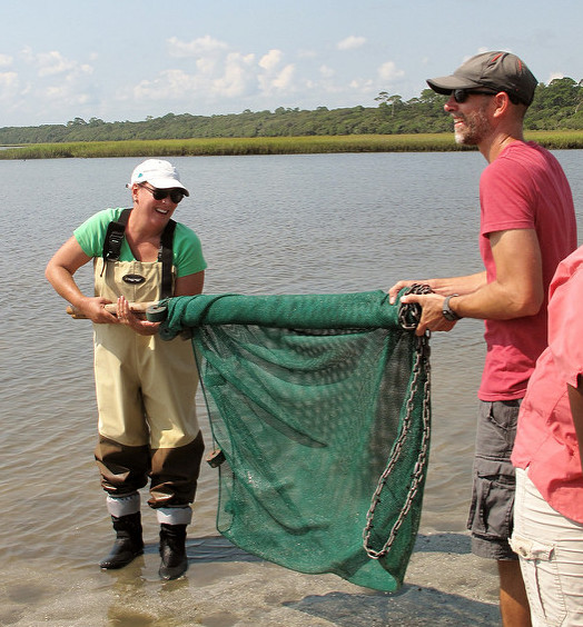 Teacher training, rolling up a seine net